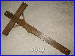 SUPERBE ANCIEN CRUCIFIX MURAL XXéme/JESUS BOIS SCULPTE/H. CROIX 68cm/H. JESUS 30cm