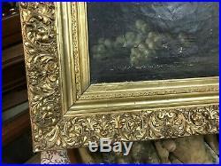 Superbe cadre ancien XIXème sculpté et doré à la feuille vendu sans le tableau