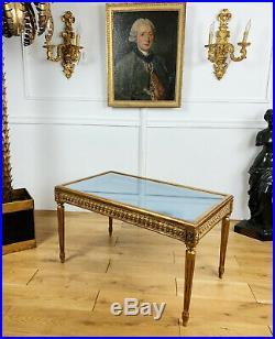 Table Basse Vitrine Ancienne En Bois Doré Et Sculpté De Style Louis XVI