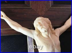 #yd# ANCIEN CHRIST SCULPTE EN OS DE DIEPPE EPOQUE XVIIIEME